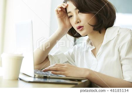 女性生意 48185134
