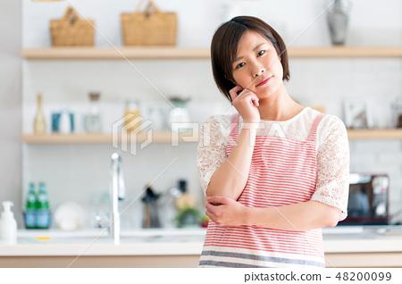 家庭主婦困擾家務廚房 48200099