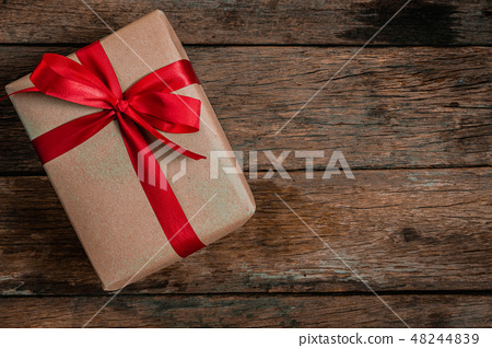 bonus human man hand give a present Brown Gift box 48244839