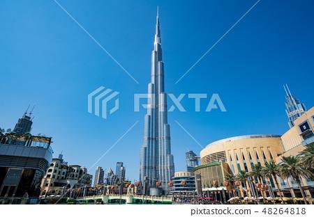 [迪拜城市景觀]迪拜塔和白天的迪拜購物中心 48264818