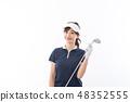 젊은 여성 골프 48352555
