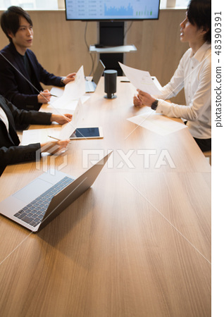 การประชุมทางธุรกิจหน้าจอขนาดใหญ่ 48390391