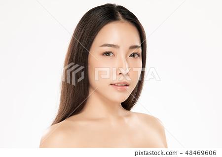Beautiful Young asian Woman with Clean Fresh Skin 48469606