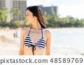 หญิงสาวในชุดว่ายน้ำ 48589769