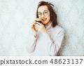 女性肖像套房 48623137