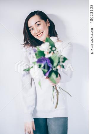 女性肖像花 48623138