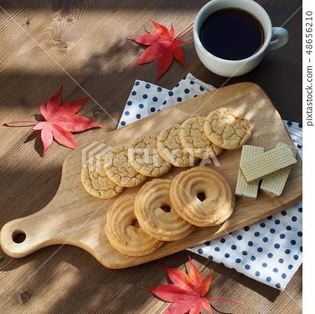 버터쿠키와 커피  48656210