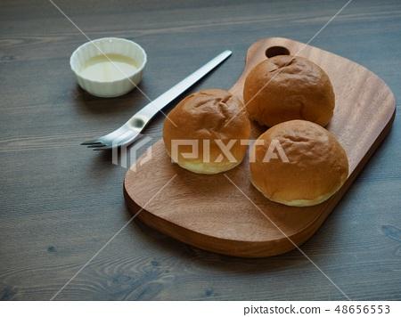 모닝빵과 꿀 48656553