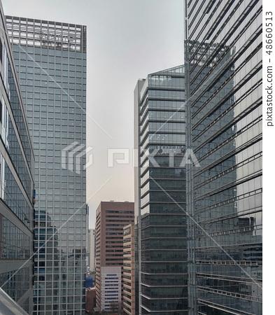 빌딩,도시,건축,빌딩숲,도시이미지,현대적인,도시적인,수직,다운타운,차가운,경직,혁신적인 48660513