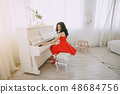 lady with piano 48684756