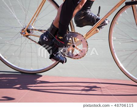 自行車比賽(收緊腳趾帶)賽道比賽 48706115