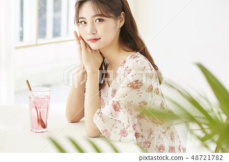 女生活咖啡館 48721782