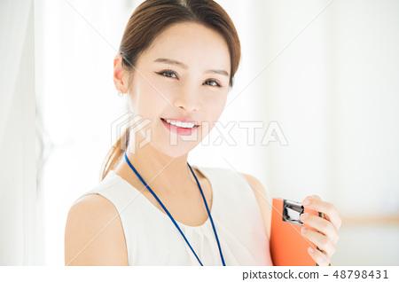 หญิงธุรกิจหญิง 48798431