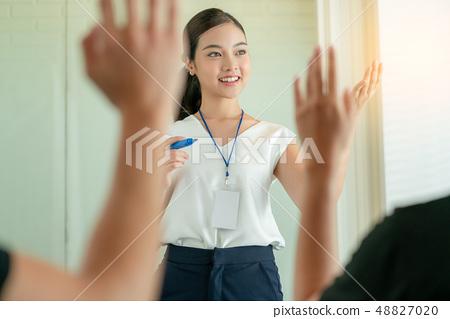 女性生意 48827020