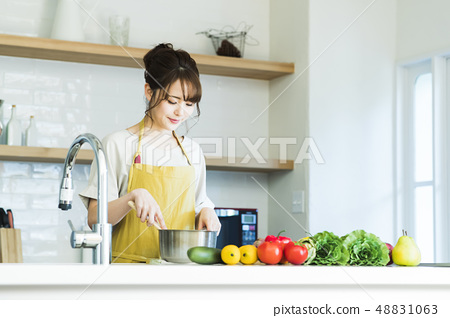 Kitchen Female housewife housework lifestyle cuisine 48831063