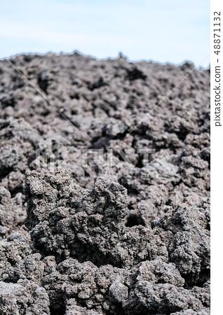 오한 굳어진 용암 (소 주행 용암 흐름) 48871132