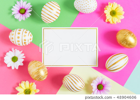Gift card with colorful easter eggs and camomiles. 48904606
