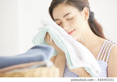 女人的衣服 48940331