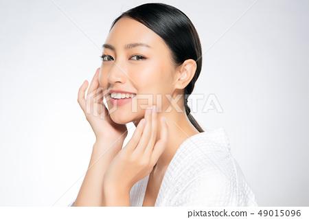 Beautiful Young asian Woman with Clean Fresh Skin 49015096