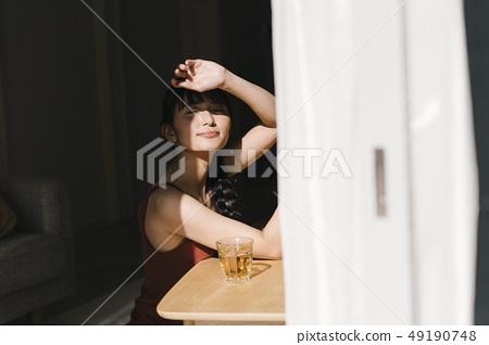 女人的生活方式夏 49190748