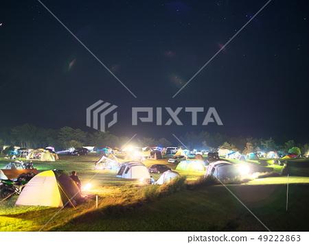 內山牧場營地在晚上 49222863