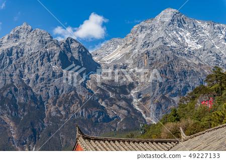 中國麗江玉龍雪山 中国観光スポット China Jade Dragon Snow Mountain 49227133