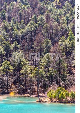 中國麗江玉龍雪山 中国観光スポット China Jade Dragon Snow Mountain 49227837
