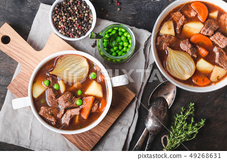 Meat stew with beef 49268631