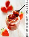 딸기 잼 49318831