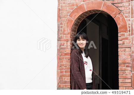 一個古老的中國女人。 49319471
