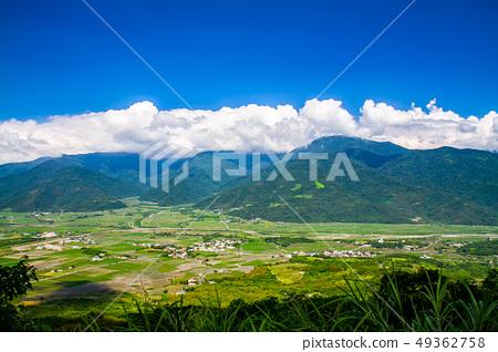 台灣花蓮富里六十石山金針花海Asia Taiwan Hualien Mountains 49362758