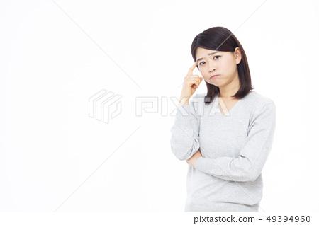 30多歲的女性 49394960