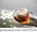 กาน้ำชาแก้วและชาเขียว 49470554