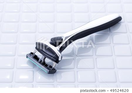 Shaving 49524620