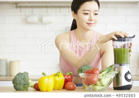 ผู้หญิงมีสุขภาพดี 49532883