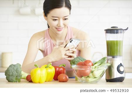 ผู้หญิงมีสุขภาพดี 49532910