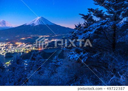 """山山縣""""從富士山和Yukiyama看到的黎明時刻 49722387"""