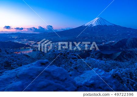 《山梨縣》從富士山和雪山看到的黎明時刻 49722396