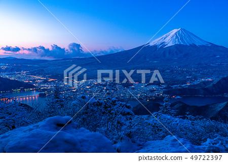 """""""야마나시 현""""후지산 · 설산에서 바라 보는 새벽의 순간 49722397"""