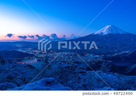 """山山縣""""從富士山和Yukiyama看到的黎明時刻 49722400"""