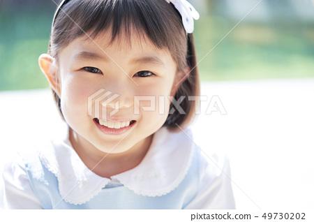 女孩兒童肖像 49730202