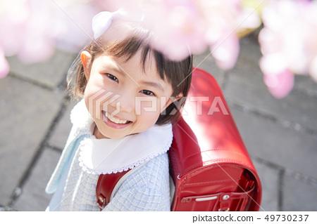 兒童女孩入場 49730237
