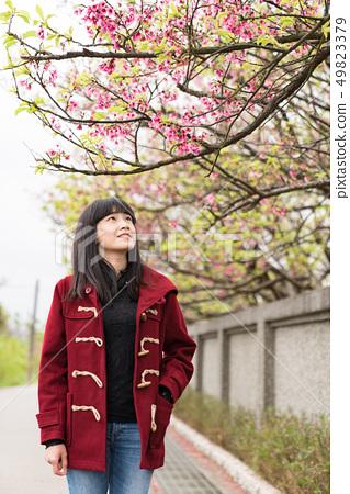 美麗的日本女人Roka。四季是春天天窪的冬天。 49823379