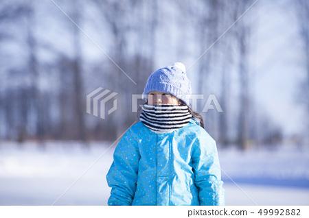 Winter girls 49992882
