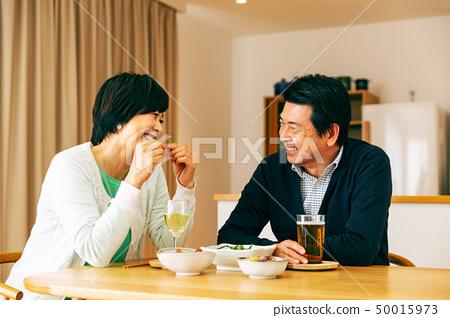 夫婦晚餐酒精 50015973
