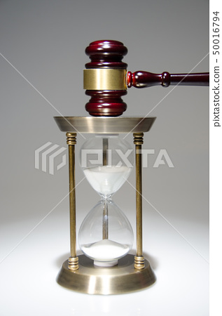 의사봉과 모래시계 50016794