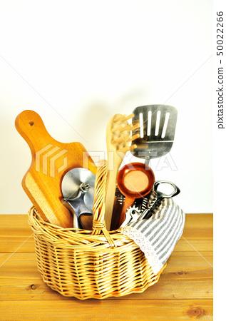 在籃子裡的廚房用品 50022266