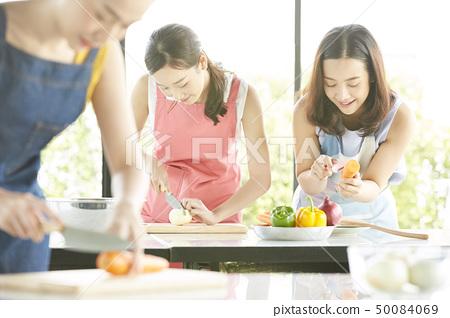 여성 요리 교실 50084069