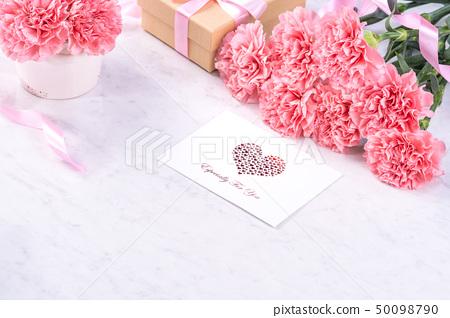 母親節康乃馨花香花束粉花瓶康乃馨頂視圖母親節康乃馨 50098790