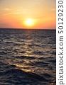 해상의 아침 노을 50129230